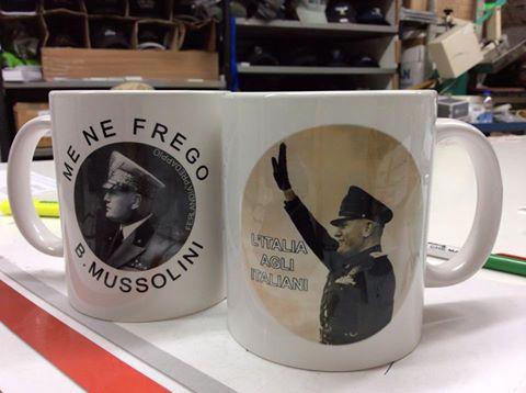 oggettistica di Mussolini e del Fascismo.