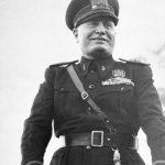 Un'intervista immaginaria controversa con Mussolini